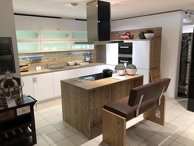 Global Küchen-Musterküche L-Küche + Kochinsel: Ausstellungsküche in ...