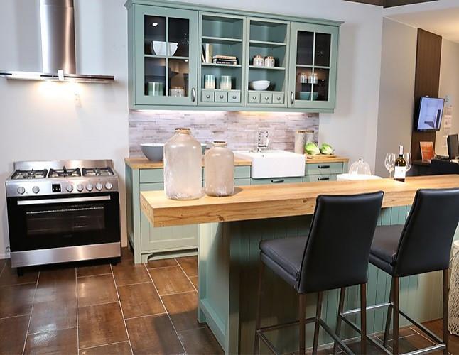 Schüller canto landhaus küche in salbeigrün satin