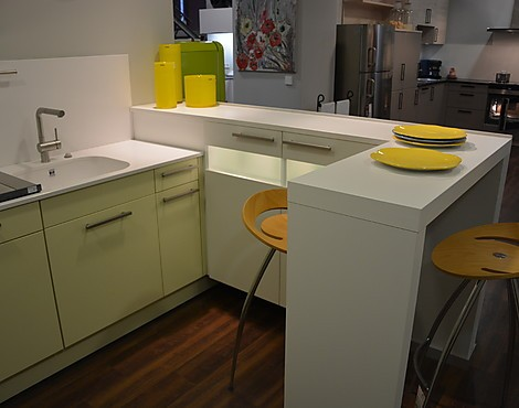 musterk chen neueste ausstellungsk chen und musterk chen seite 139. Black Bedroom Furniture Sets. Home Design Ideas