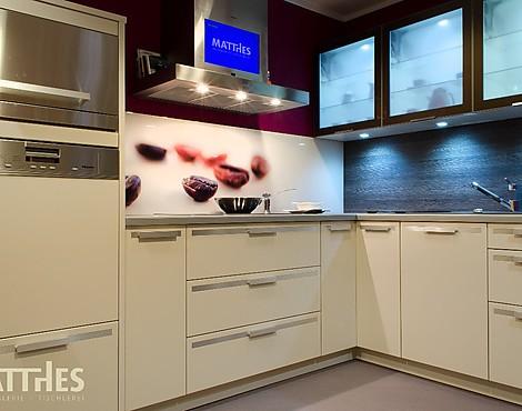 musterk chen neueste ausstellungsk chen und musterk chen seite 39. Black Bedroom Furniture Sets. Home Design Ideas