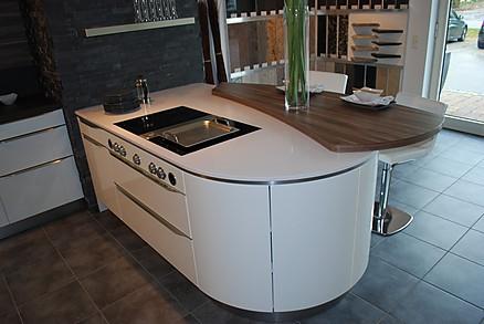runde Insel - Küchen Studio Titze