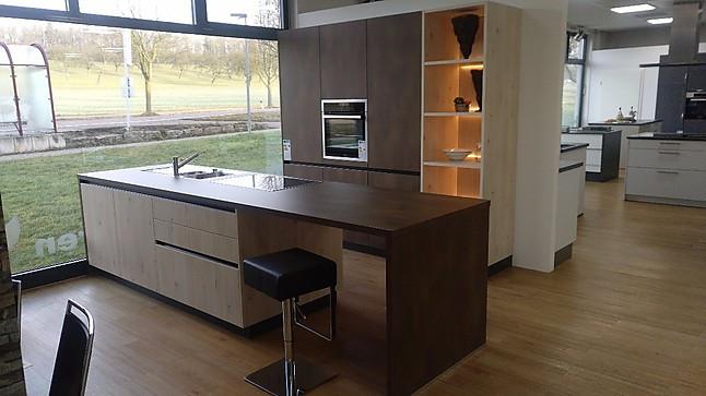 Schüller-Musterküche hochwertige Küche, in moderner Optik ...