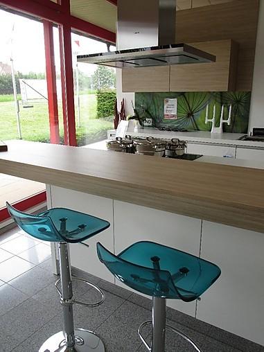 nolte musterk che moderne k che mit insel und sitzbank in. Black Bedroom Furniture Sets. Home Design Ideas