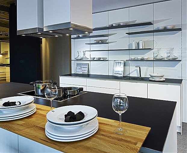 siematic musterk che luxuri se designk che in lotuswei. Black Bedroom Furniture Sets. Home Design Ideas