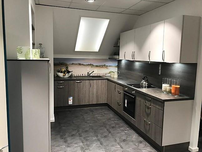 Elementa Musterküche Küche In Eiche Grau Abgesetzt Mit