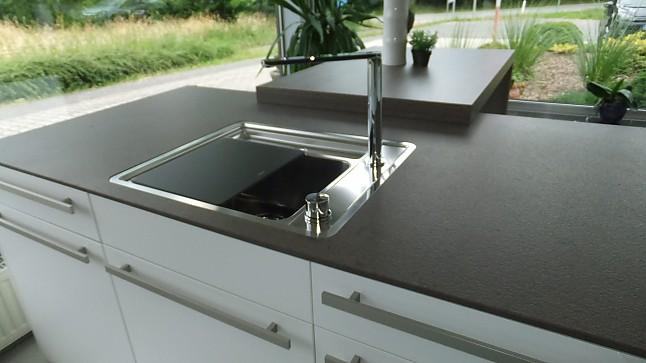 Leicht Musterküche Moderne Küche Mit Schichtstofffront