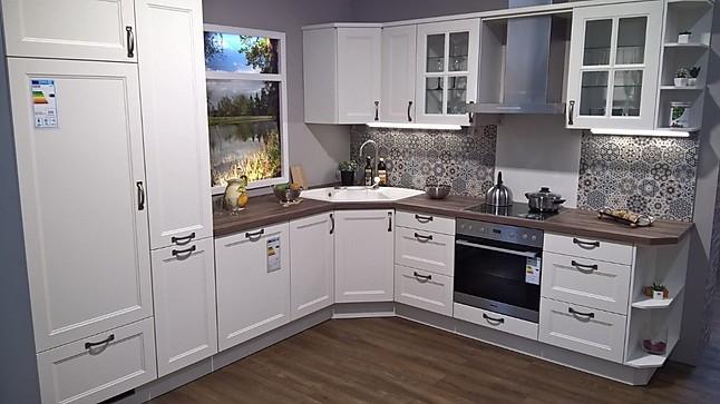 L - Küche im Landhausstil weiß