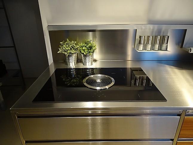 Valcucine musterkuche moderne modulkuche edelstahl und for Moderne kühlschr nke edelstahl