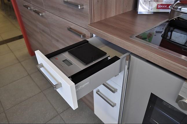 Systhema musterkuche moderne einbaukuche zum sonderpreis for Systhema küchen