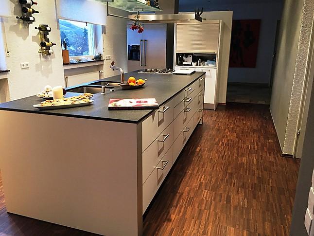 bulthaup-Musterküche Hochwertig ausgestattete bulthaup-Küche mit ...