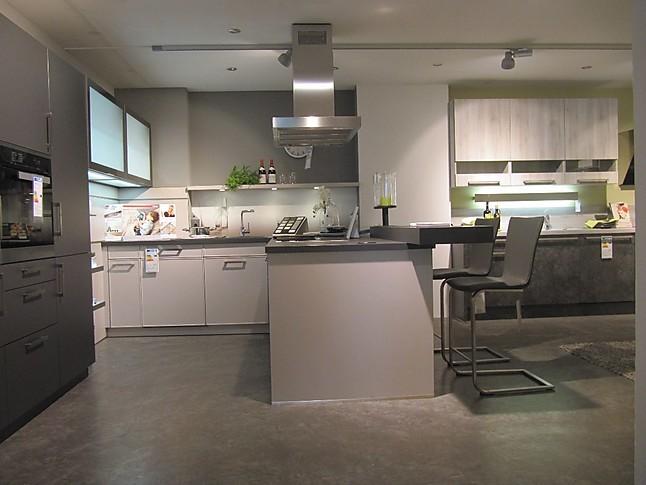 Schüller-Musterküche Moderne Einbauküche, zweifarbig, mit