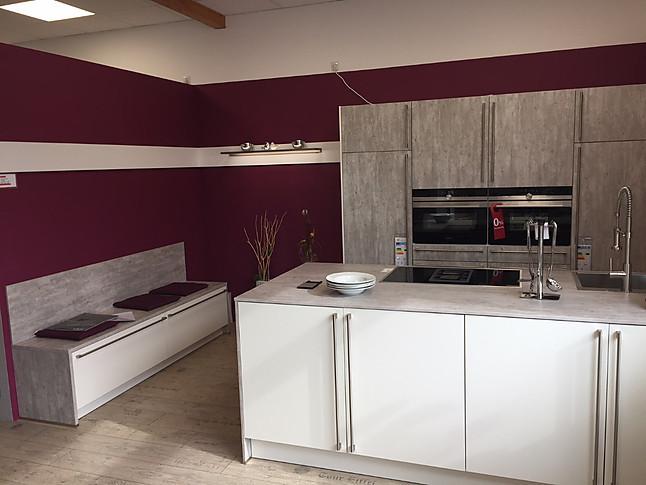 Häcker   INPURA SYSTEMAT, AV 2080, Beton Natur/Weiß Moderne Küchenzeile In  Beton Optik Mit Kochinsel Und Sitzbank (Kj7)