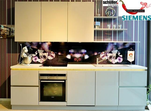 Siemens küche  Schüller-Musterküche C3 Lack Hochglanz Küche mit Siemens, Villeroy ...