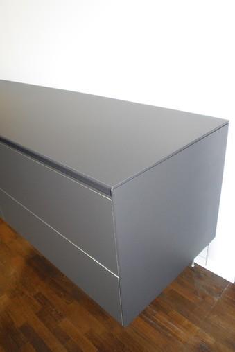 Sideboard Wandhängend bulthaup-musterküche sideboard wandhängend als küchen- oder