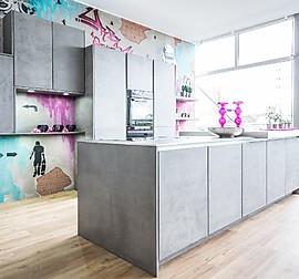 h cker musterk che moderne grifflose k che in beton optik ausstellungsk che in bensheim von. Black Bedroom Furniture Sets. Home Design Ideas