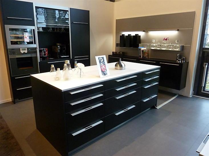 global k chen musterk che schwarze musterk che ausstellungsk che in bad s ckingen von dick. Black Bedroom Furniture Sets. Home Design Ideas