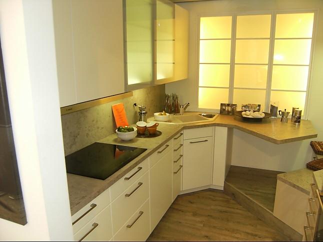 elementa musterk che elementa ausstellungsk che in. Black Bedroom Furniture Sets. Home Design Ideas