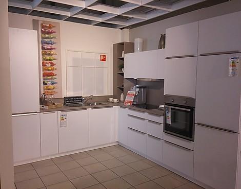 musterk chen neueste ausstellungsk chen und musterk chen. Black Bedroom Furniture Sets. Home Design Ideas