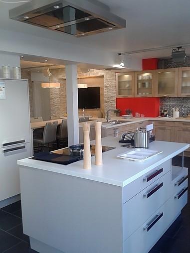 elementa musterk che helle einbauk che ausstellungsk che. Black Bedroom Furniture Sets. Home Design Ideas