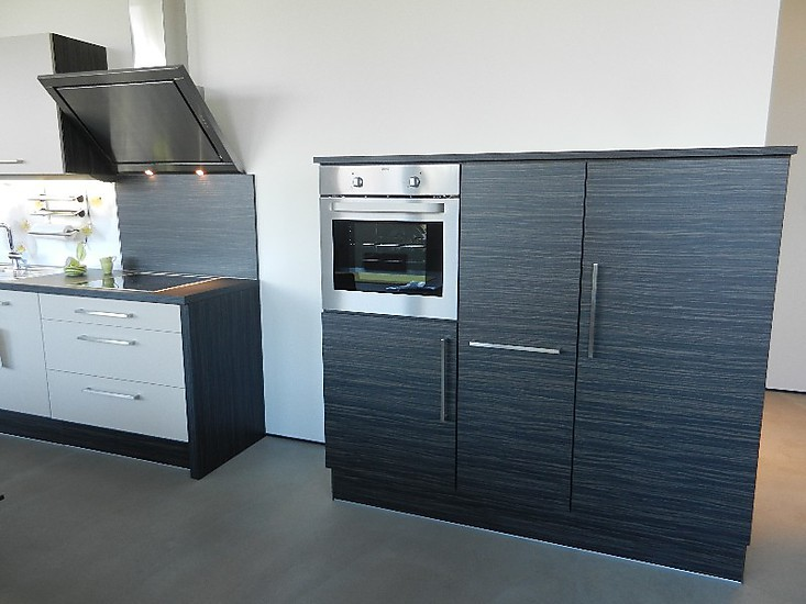 brigitte musterk che studio line delta ausstellungsk che in m nchen von siematic by gienger. Black Bedroom Furniture Sets. Home Design Ideas