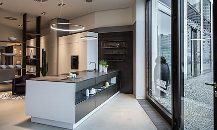 Exklusives Design und hochwertige Materialien bei SieMatic am Leipziger Platz