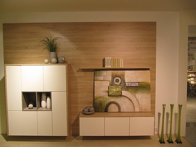 sch ller musterk che zeitlose einbauk che mit insel gegen mehrpreis mit. Black Bedroom Furniture Sets. Home Design Ideas