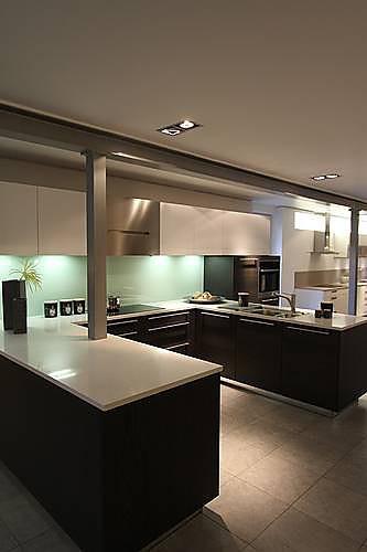 hausmarke musterk che ger umige ausstellungsk che ausstellungsk che in nettetal von anton. Black Bedroom Furniture Sets. Home Design Ideas