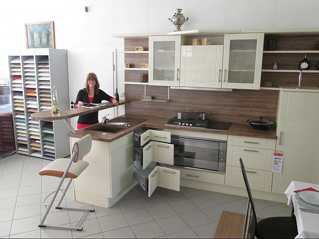 kuche creme hochglanz. Black Bedroom Furniture Sets. Home Design Ideas