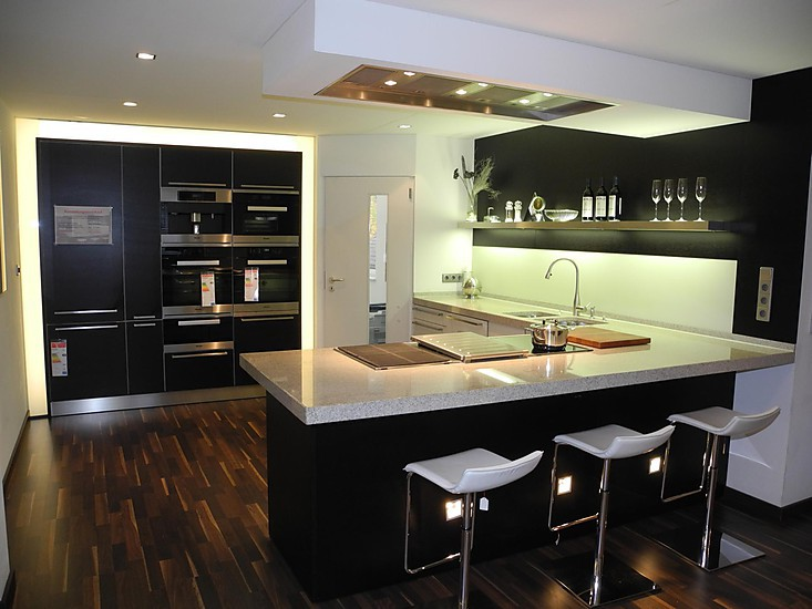 eggersmann musterk che schichtstoff wei und eiche furnier. Black Bedroom Furniture Sets. Home Design Ideas