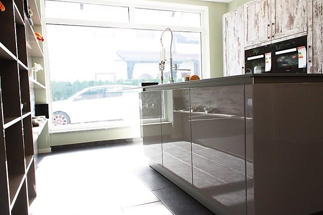 sch ller musterk che abverkauf sch ller gala ausstellungsk che in garmisch partenkirchen von. Black Bedroom Furniture Sets. Home Design Ideas