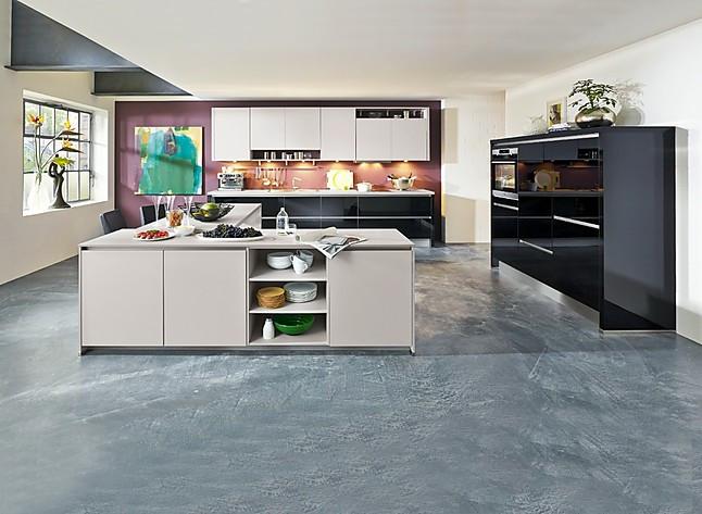 Aeg Kühlschrank Umzug : Küchentreff musterküche angebot inklusive aeg geräte: offene küche