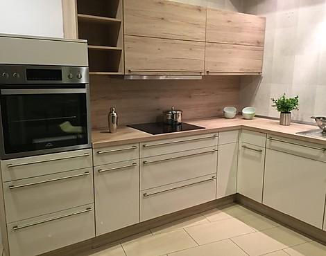 musterk chen neueste ausstellungsk chen und musterk chen seite 63. Black Bedroom Furniture Sets. Home Design Ideas