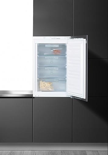 sonstige f 9252i 1 miele einbau gefrierschrank aus unserer ausstellung miele k chenger t von. Black Bedroom Furniture Sets. Home Design Ideas