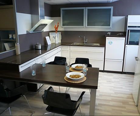 Küchen Mit Integriertem Esstisch ~ Home Design Inspiration Und