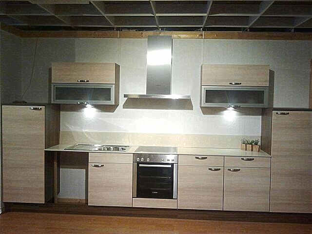 burger musterk che mediterrana ausstellungsk che in von. Black Bedroom Furniture Sets. Home Design Ideas