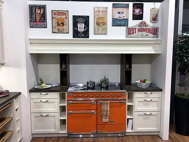 sonstige musterk che abverkauf landhaus messek che u form ausstellungsk che in m nchen von. Black Bedroom Furniture Sets. Home Design Ideas