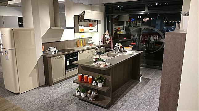 bauformat-musterküche moderne inselküche in nougatseidenmatt lack, Hause ideen
