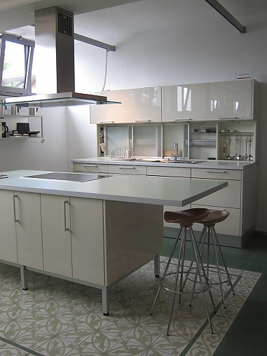miele k chen musterk che musterk chen abverkauf. Black Bedroom Furniture Sets. Home Design Ideas