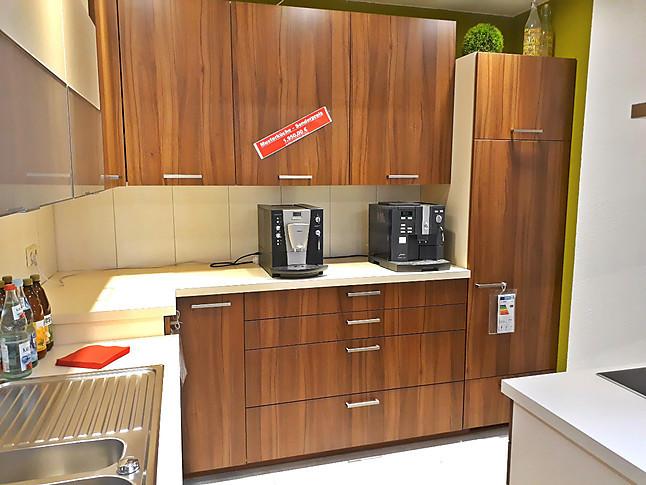 Schmidt kuchen musterkuche kuche in holz mit der for Küchen reutlingen