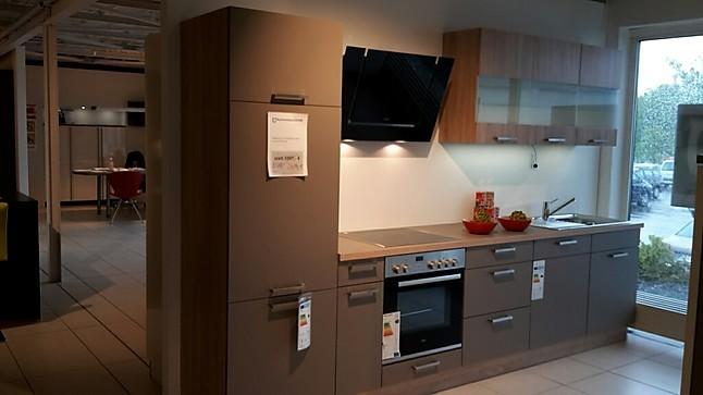 ap ro k chen musterk che zeitlose designk che f r kleine r ume ausstellungsk che in ensdorf von. Black Bedroom Furniture Sets. Home Design Ideas