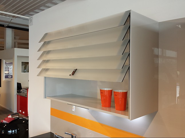 moderne b rom bel weiss neuesten design. Black Bedroom Furniture Sets. Home Design Ideas