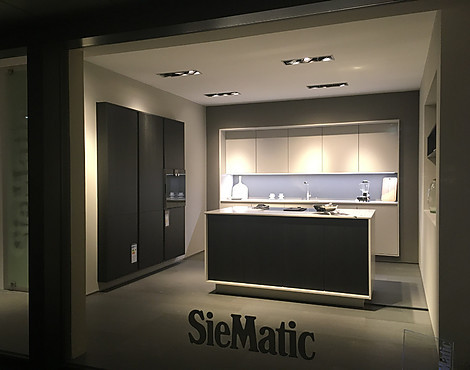 SieMatic Pure Design - SLC sterlinggrau