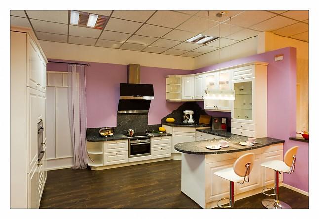 nobilia musterk che landhaus stil k che mit 4 cm granit arbeitsplatte ohne einbauger te inkl. Black Bedroom Furniture Sets. Home Design Ideas