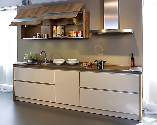 sch ller musterk che moderne grifflose k che in champagner hochglanz ausstellungsk che in. Black Bedroom Furniture Sets. Home Design Ideas