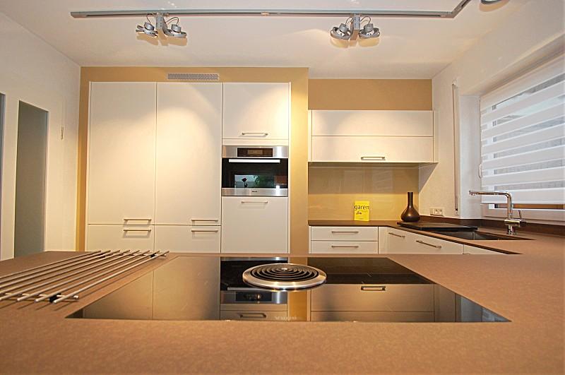 Quartzstein 12mm, Bora Basic Hochschränke eingebaut - Küche von ...