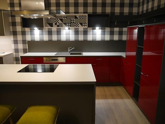 selektion d musterk che viel k che zum kleinen preis ausstellungsk che in teising von kkl k chen. Black Bedroom Furniture Sets. Home Design Ideas