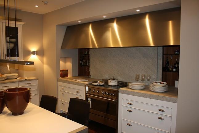 Moderne landhausküche siematic  SieMatic-Musterküche zeitlos moderne Landhausküche mit chin ...