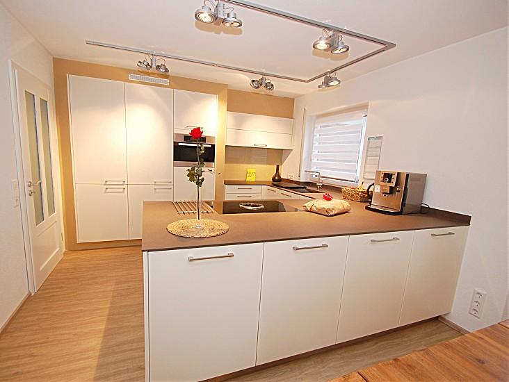 16 bora kuche bilder moderne kuche mit bora kochsystem for Küche bodenleiste