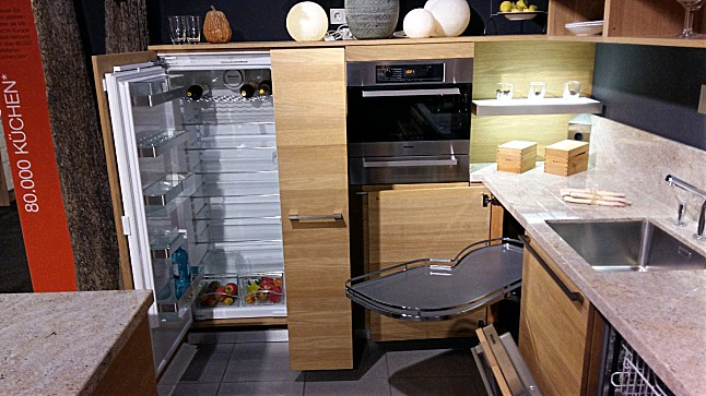 team 7 musterk che linee wei l ausstellungsk che in bergisch gladbach von m bel lenz gmbh co kg. Black Bedroom Furniture Sets. Home Design Ideas
