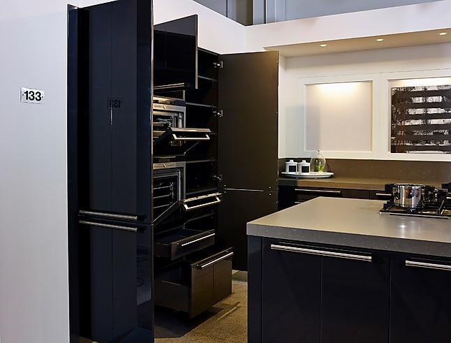rotpunkt musterk che robuste inselk che in dunkelgrau ausstellungsk che in nordhorn von. Black Bedroom Furniture Sets. Home Design Ideas